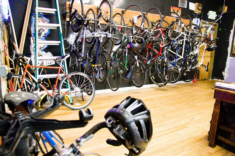 Noisebridge's very full indoor bike rack