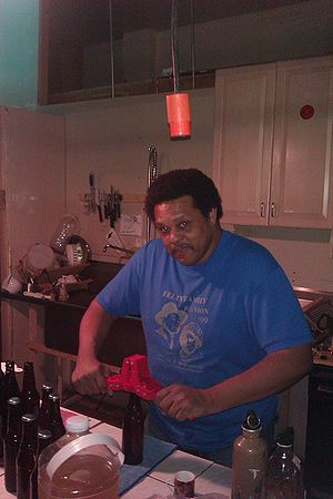 Robert bottling fa05112010.jpg